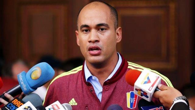 Héctor Rodríguez: Condena a venezolanos por narcotráfico es un vil montaje