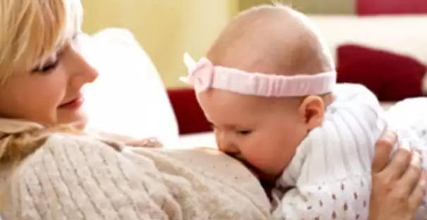 Keajaiban Dan kelebihan Air Susu Ibu Dibandingkan Dengan Susu Formula