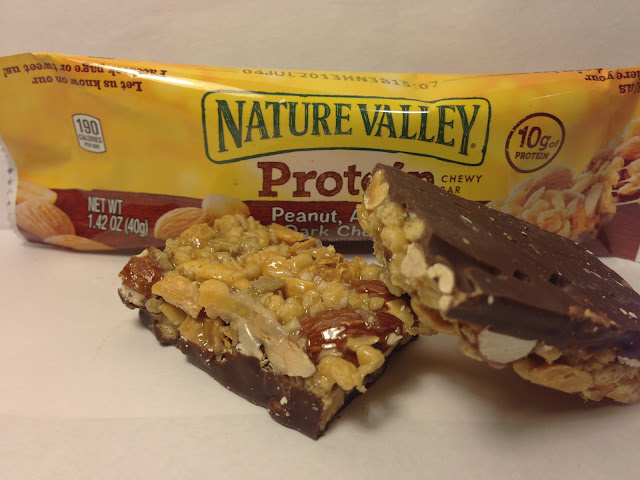Nature Valley Protein Peanut, Almond & Dark Chocolate Chewy Bar