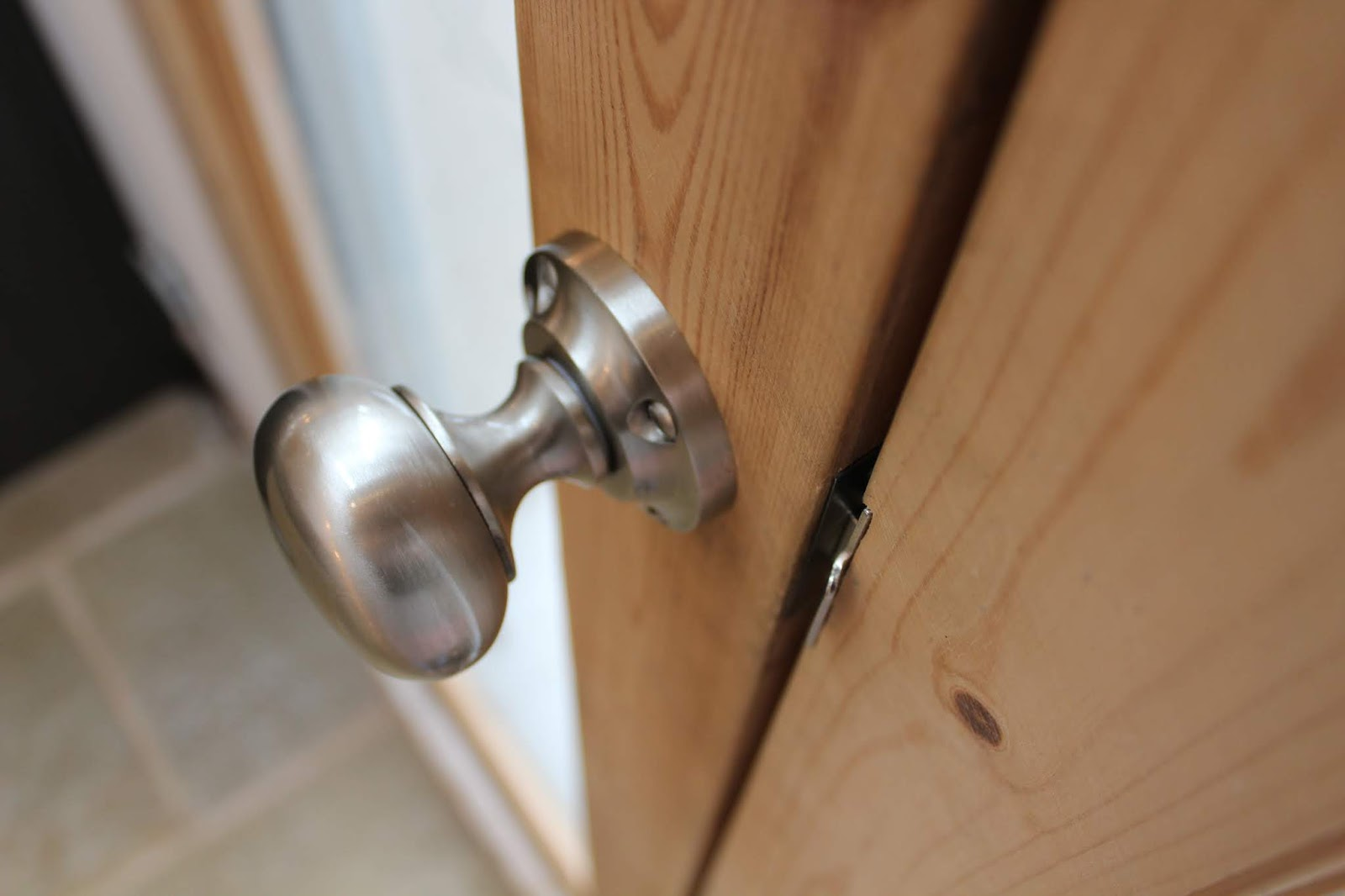 Door knob from Door Furniture Direct