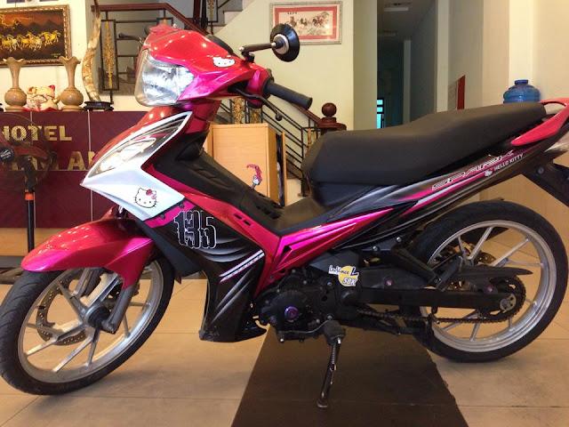 Sơn xe Exciter 2010 màu hồng nữ tính