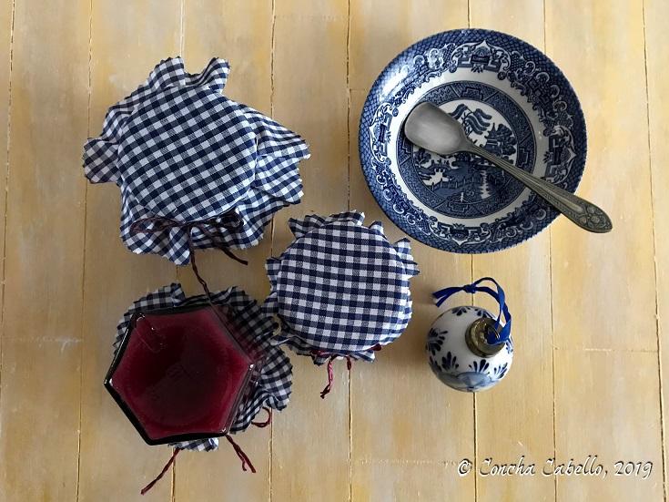 mermelada-membrillo-arándanos-mesa