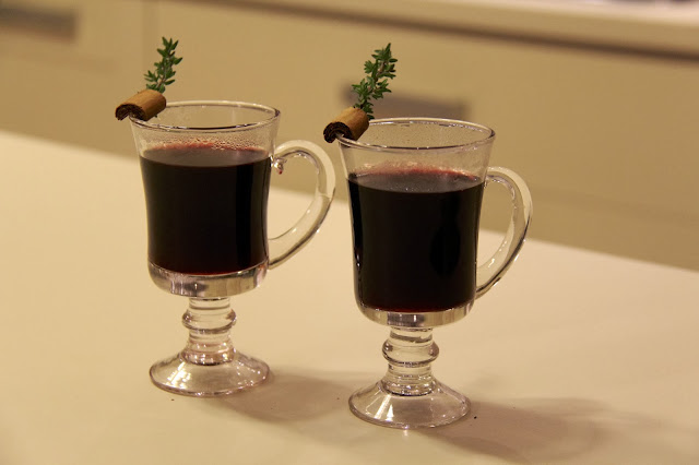 Warm Your Christmas Spirit With Some Vin Brulé
