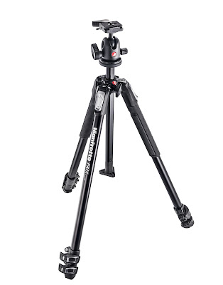 Manfrotto 3 section aluminium tripod