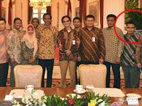 Standar Ganda, Jokowi Sering Kumpulkan Buzzer di Istana Negara