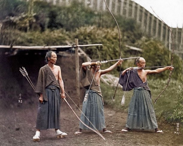 28 Realistically Colorized Historical Photos Make the Past Seem Incredibly Alive - Japanese Archers, circa 1860