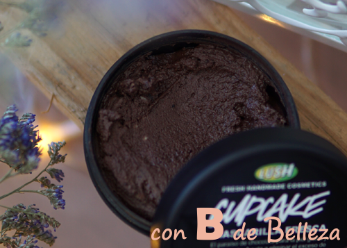 Cupcake mascarilla chocolate