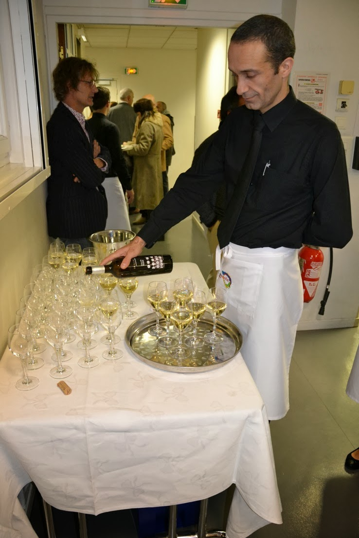 Adegas castrobrey - Oficina turismo paris en madrid ...