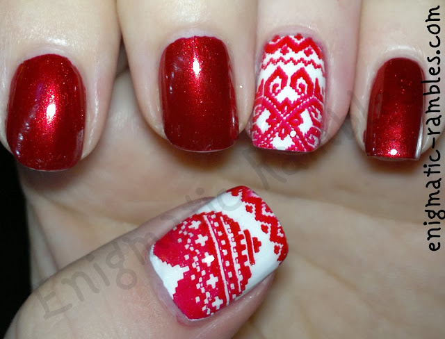 festive-jumper-sweater-nails-nail-art-stamping-leighton-denny-be-my-berry-sinful-colors-snow-me-white-moyou-collection-04