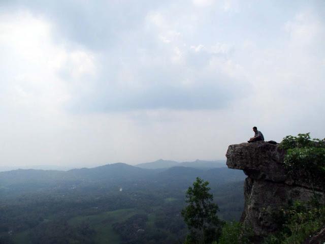 wisata wonogiri gunung watu kotak