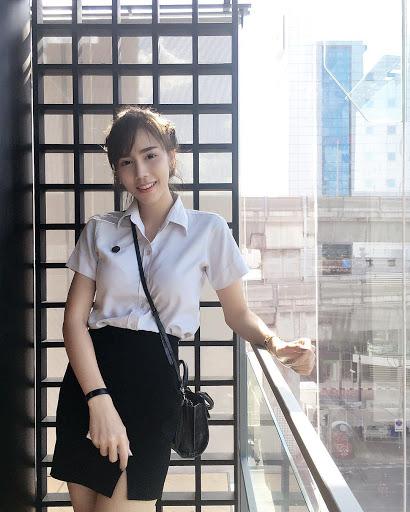 Apitsada Jarernsuk most beautiful Thai ladyboys instagram pictures