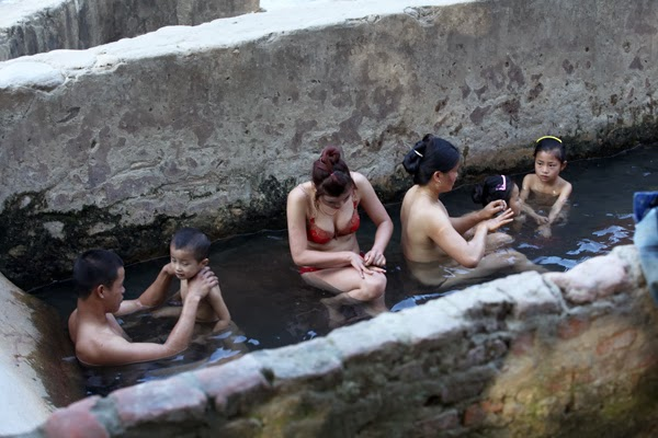 boyes hot springs single women Meet local boyes hot springs single men right now at datehookupcom other boyes hot springs online dating sites charge for memberships, we are 100% free for everything no catch, no gimmicks, find a single man here for free right now.