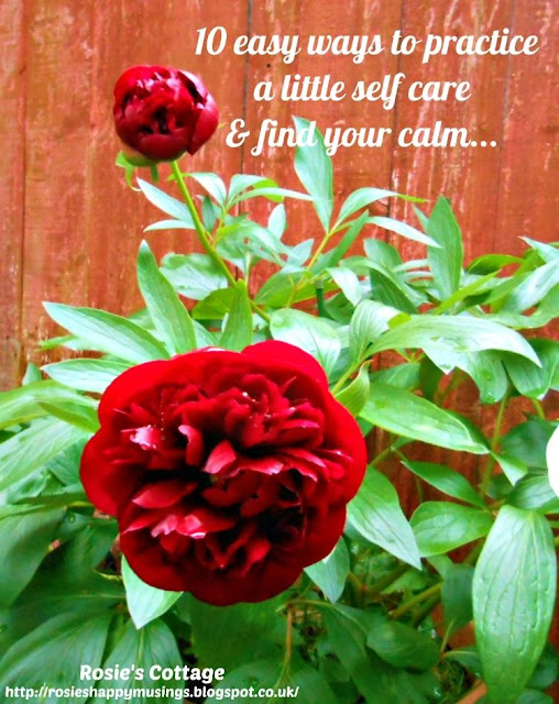 10 easy ways to practice a little self care & find your calm