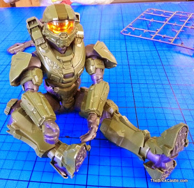SpruKits Level 3 Halo Master Chief poseable model