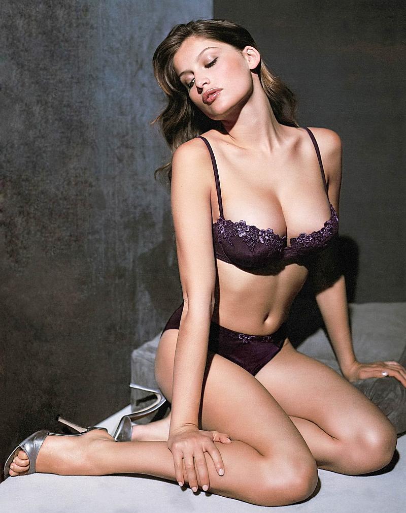Laetitia Casta Hot Pics | Celebrity Hot Wallpapers And Photos