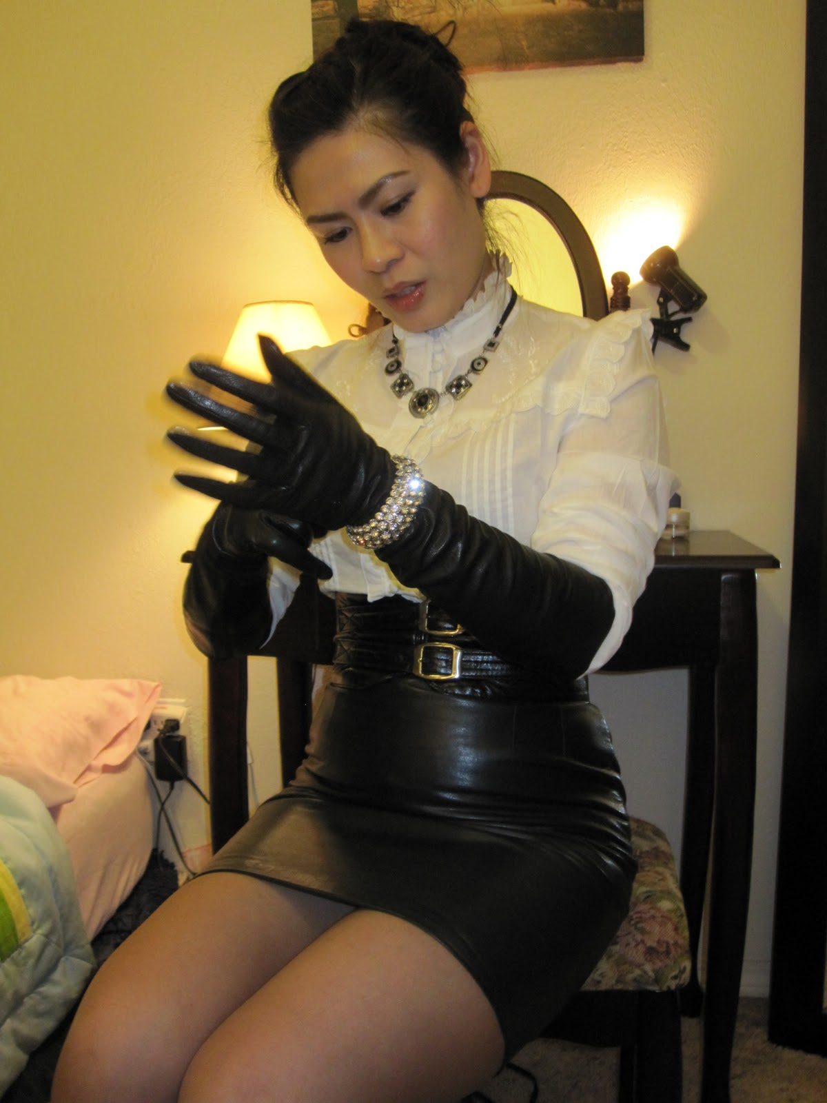 Beneath her boots 3 full clip 9