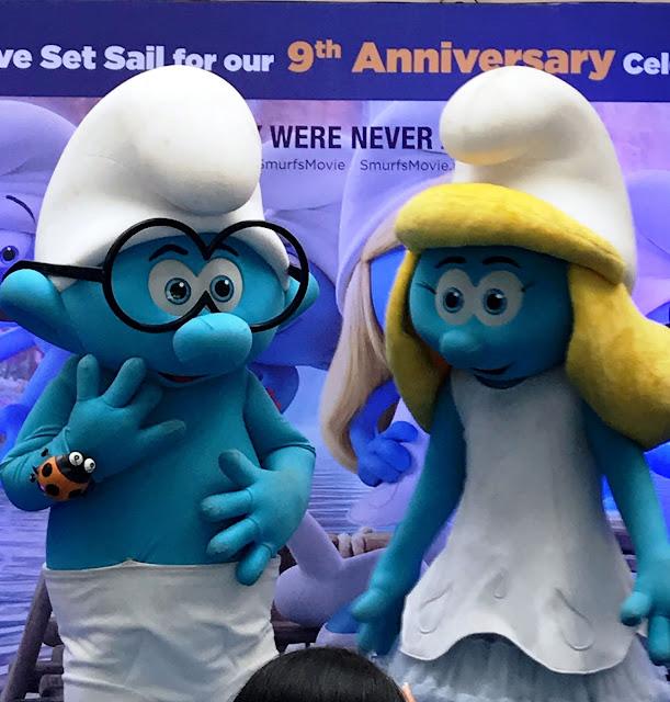 Smurfs at Oberoi malls 9th Anniversary celebration