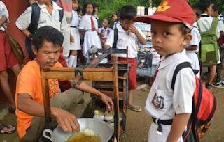 Solusi Irit Uang Saku Untuk Anak Sekolah Dari Cara Jajan di Sekolah