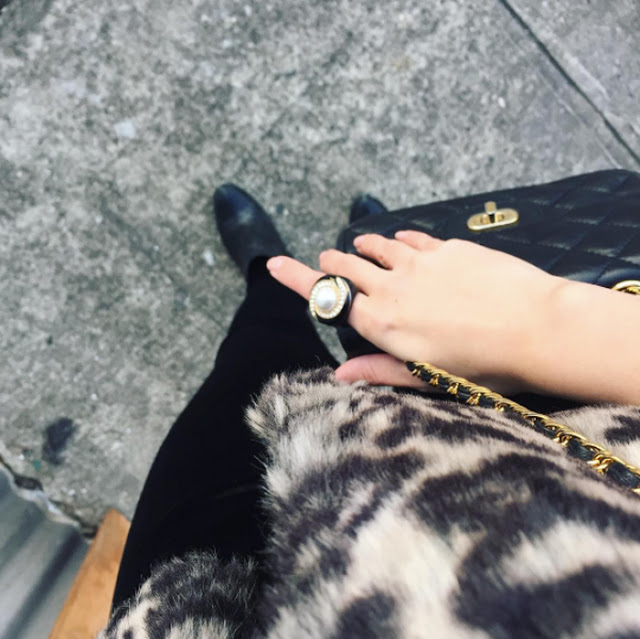 Eight signs you're a fashion blogger 3