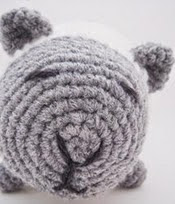 http://www.ravelry.com/patterns/library/amigurumi-lamb