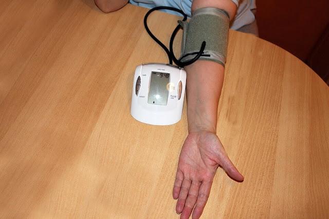 Cara Mudah Untuk Menurunkan Tekanan Darah Tinggi Dengan Air Hangat