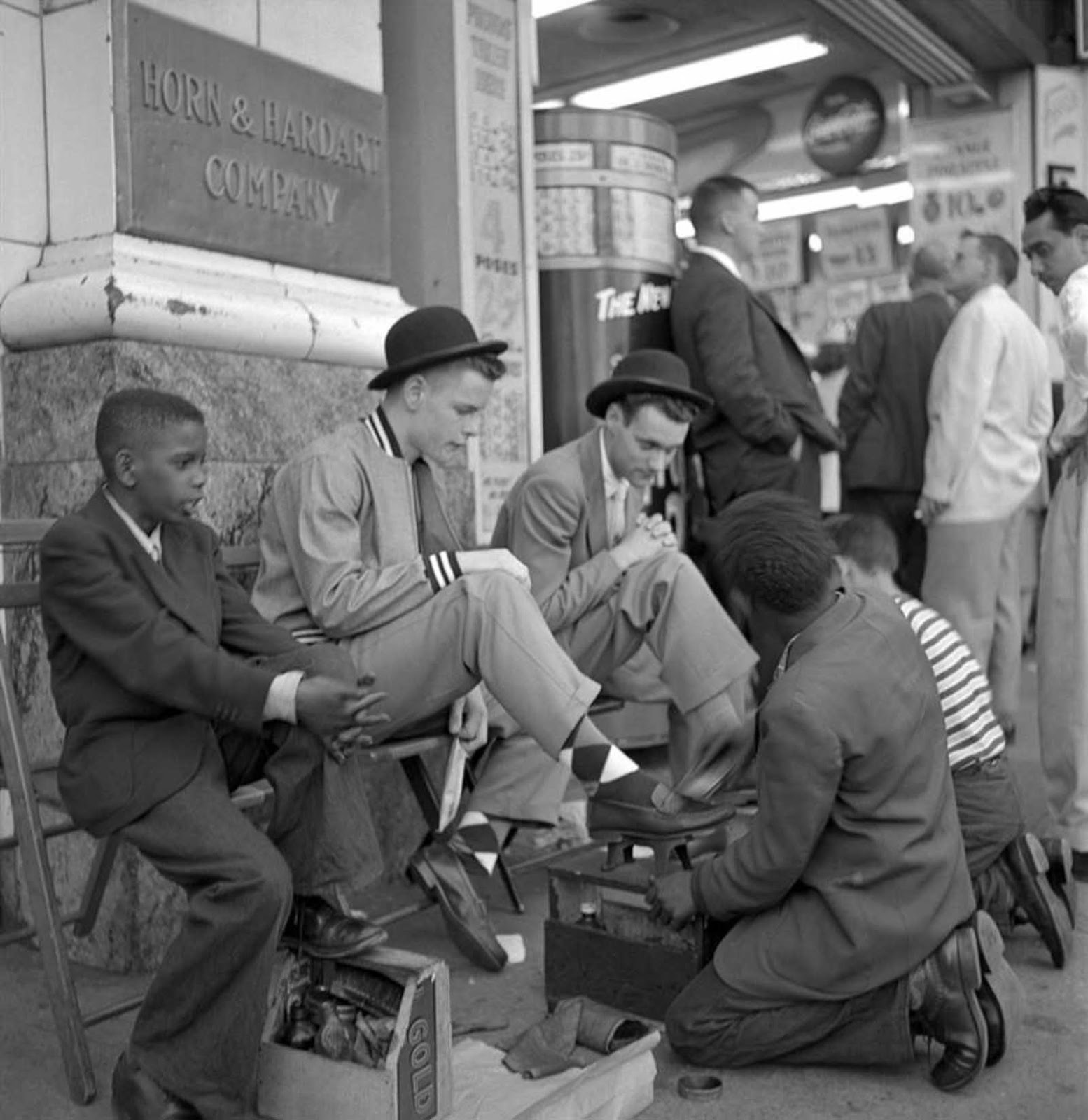 Shoe Shine at Horn & Hardart Automat.