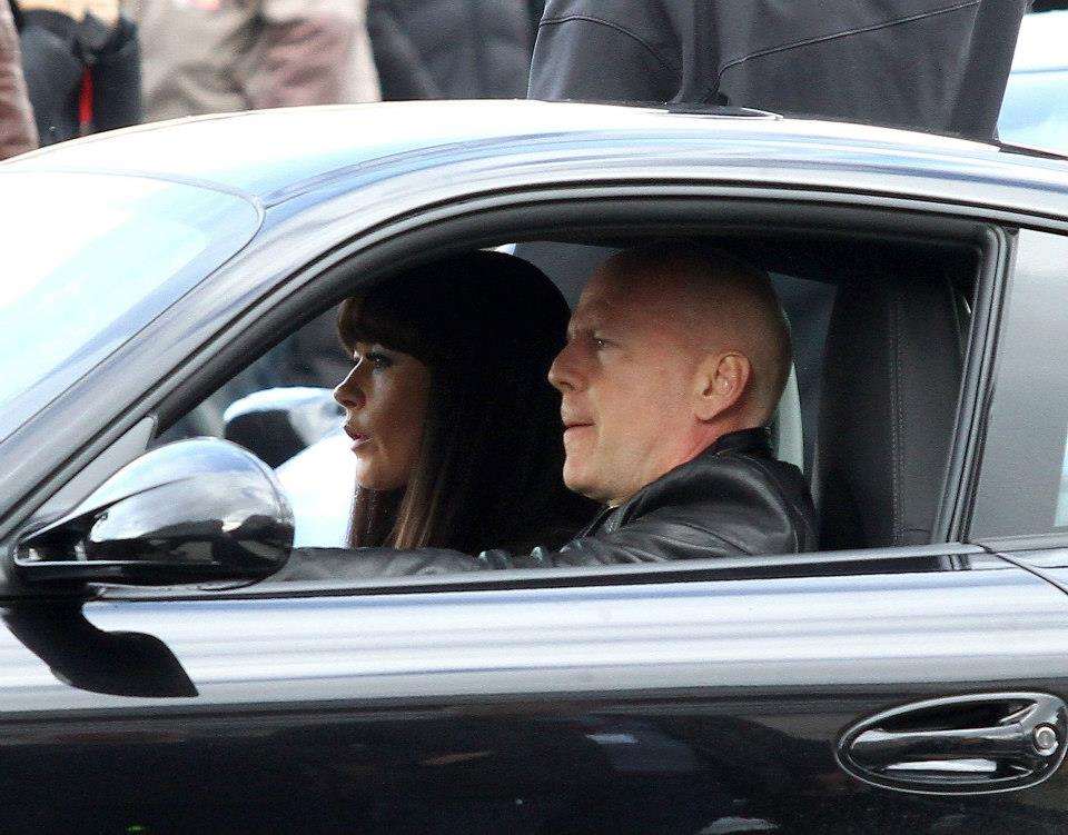 Catherine Zeta Jones and Bruce Willis in a Car at 'RED 2' film set