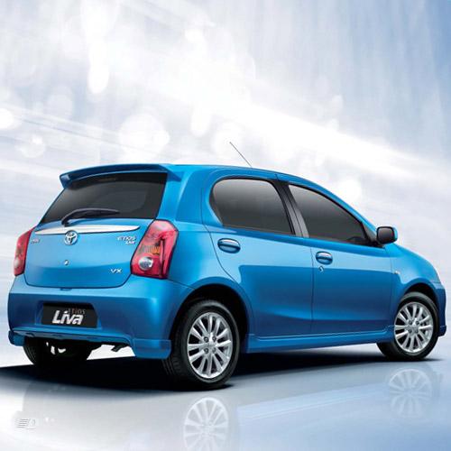 Verna Car Wallpaper Download Toyota Etios Liva Gd Car Photos Car Prices Photos