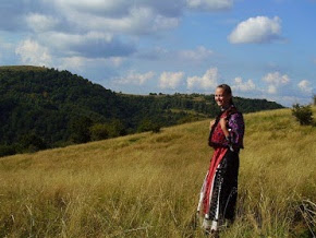 Traditional dress in Tinutul Padurenilor