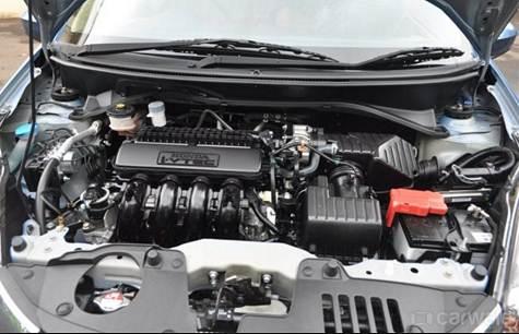 Honda Mobilio Review