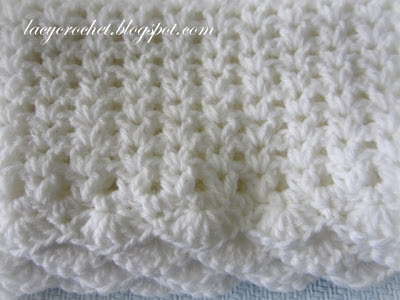 Free Crochet Patterns For Baby Pram Blankets : Lacy Crochet: V-Stitch Baby Afghan with Scalloped Trim