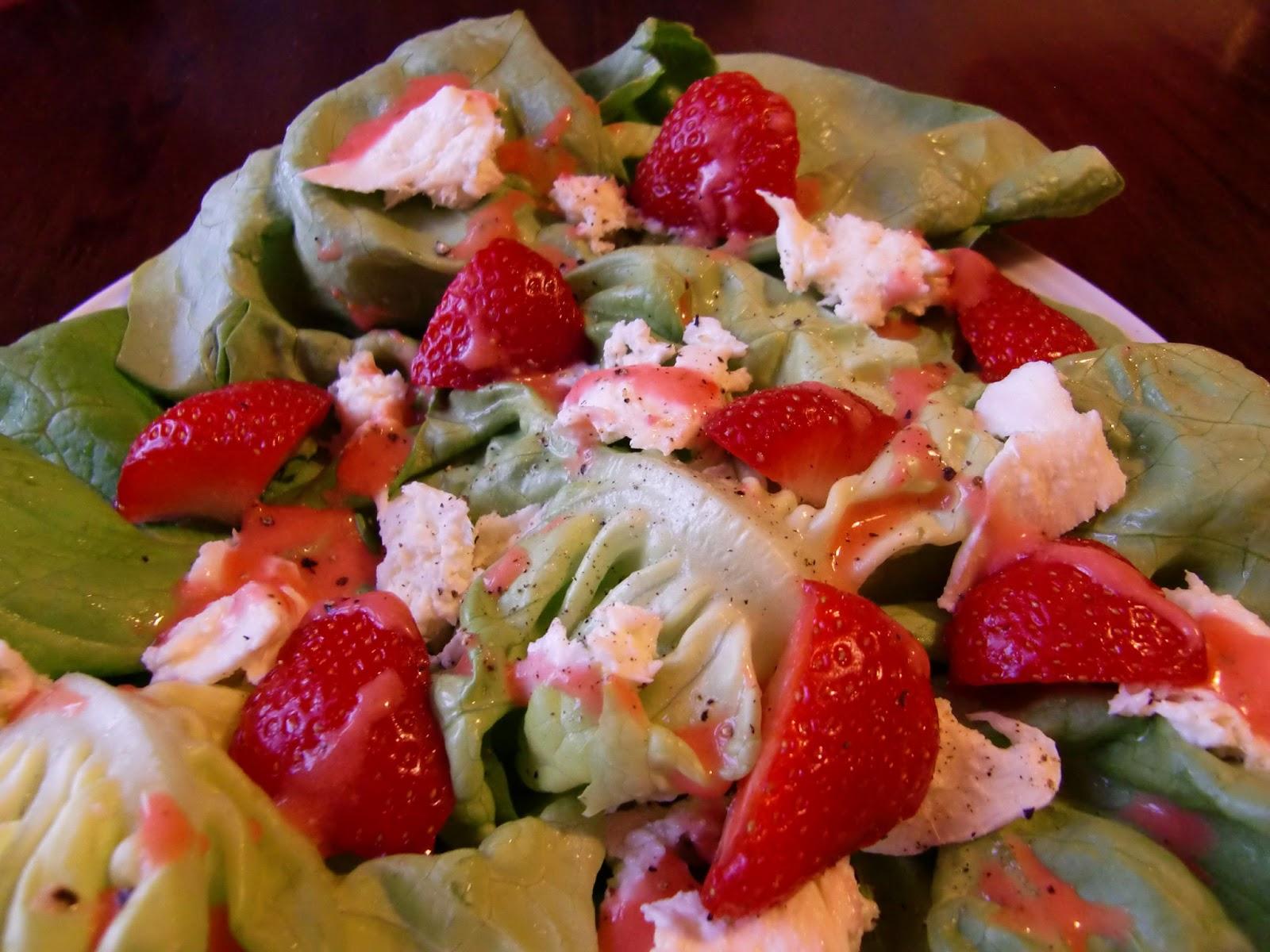 Rezept Salat mit Erdbeer-Dressing
