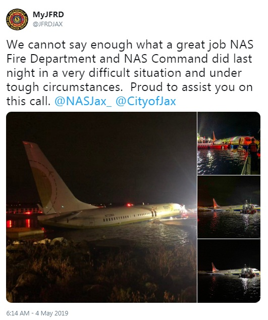 Plane carrying 143 slides off runway into river in Jacksonville