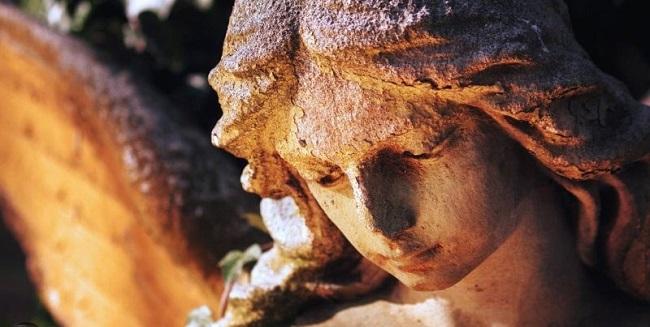 Enochian ή ξεχασμένη γλώσσα των αγγέλων