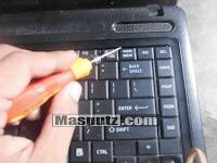 membongkar keyboard