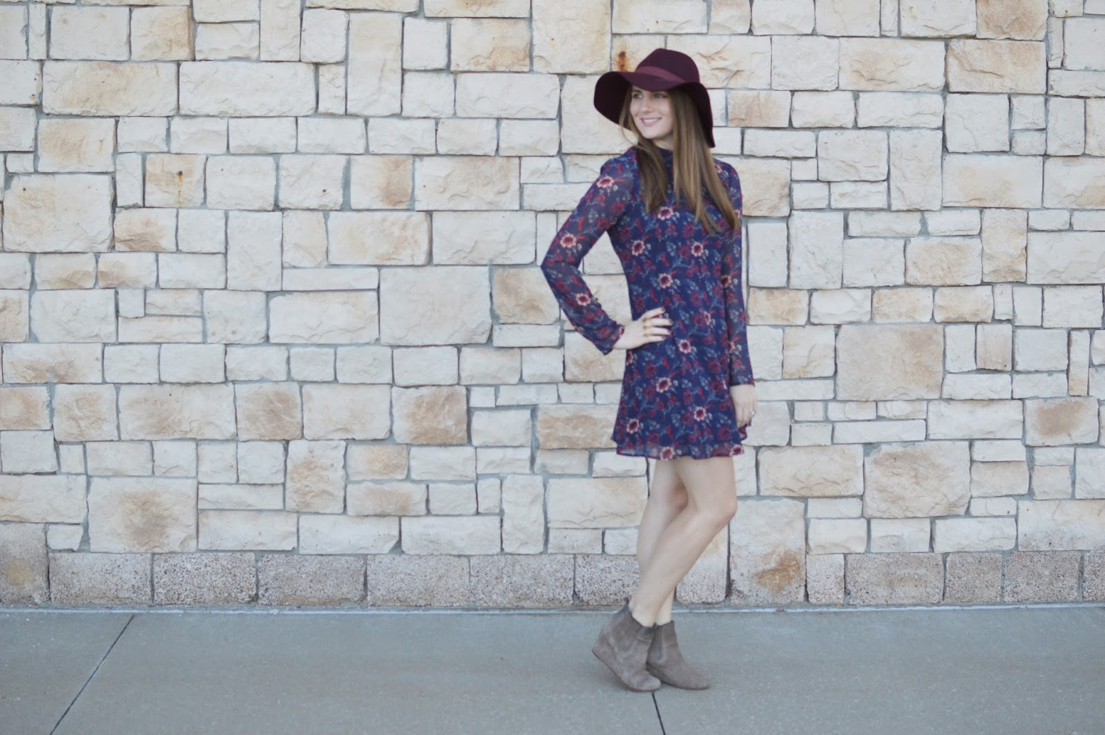how to wear a burgundy floppy hat | what to wear this fall | a memory of us | fall outfit ideas | floral print dresses for fall |