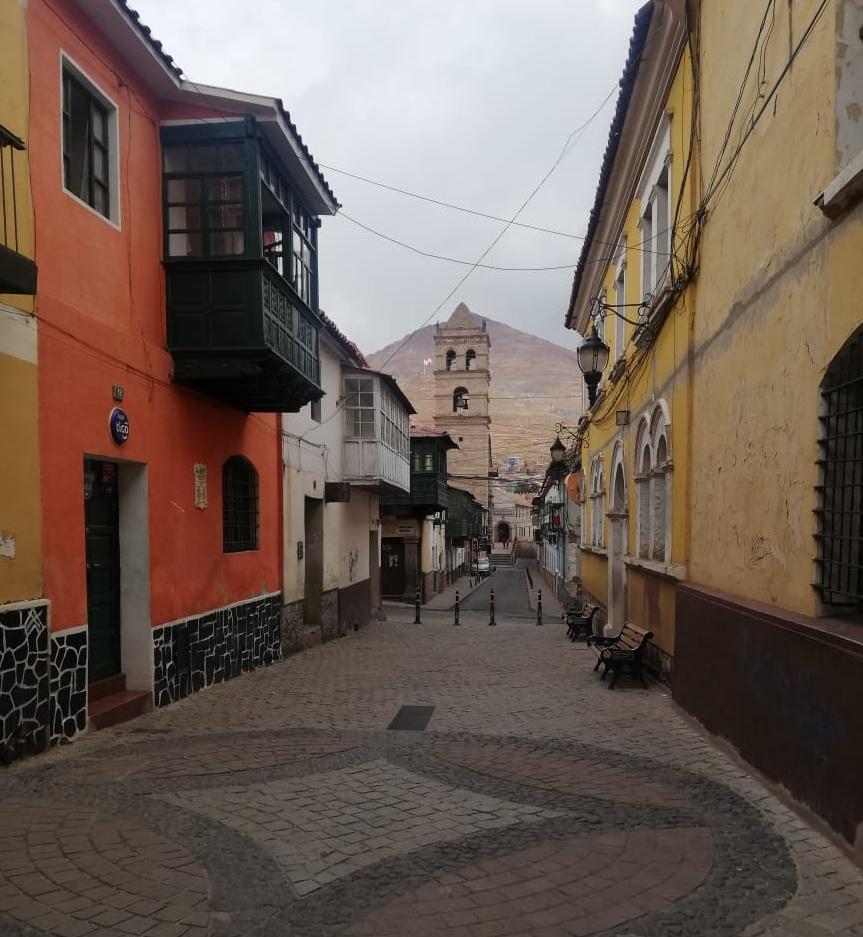 Después de 98 años un partido liberal resurge en Bolivia desde Potosí / RRSS