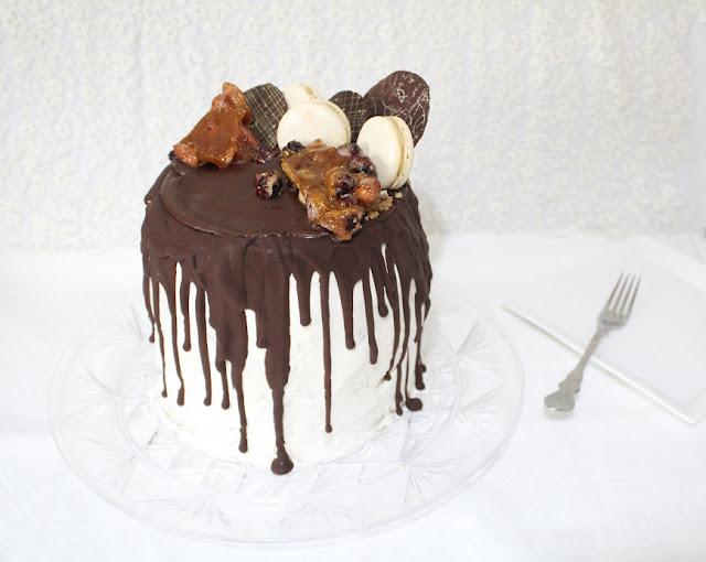 IMG 0888 - עוגת שכבות מיץ קציפת שקדים פרלינה ומוס שוקולד