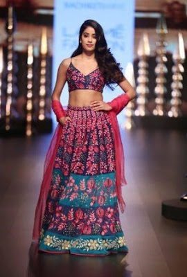 #instamag-janhvi-kapoor-turns-muse-for-nachiket-braves-millennial-maharani-collection