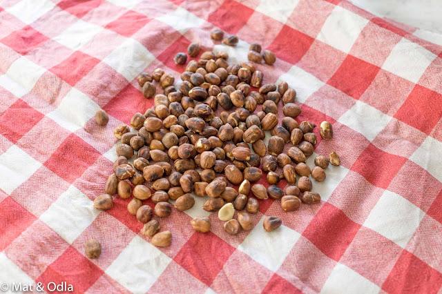 rostade hasselnötter
