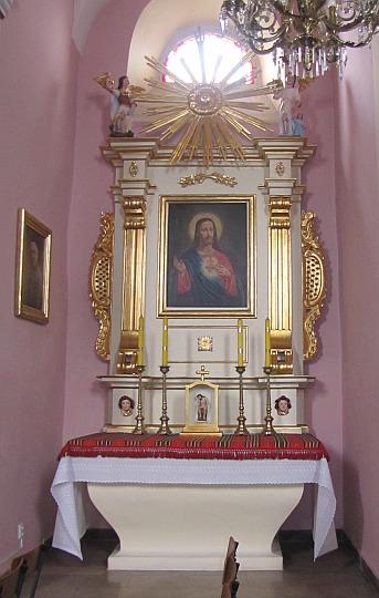 Ołtarz boczny z obrazem Serca Jezusa