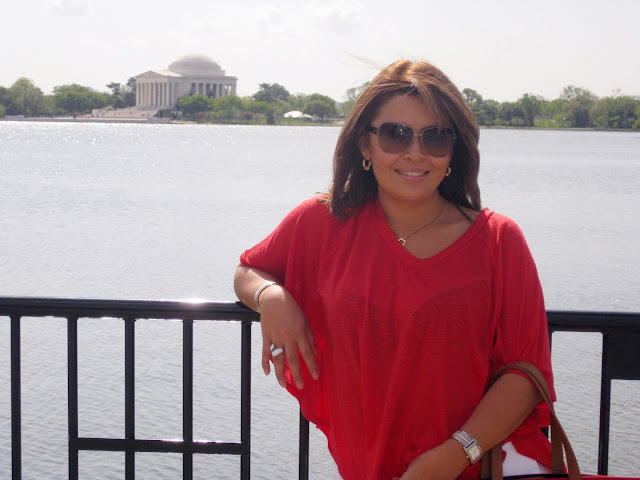 Claudia Herran with Jefferson Memorial in the background