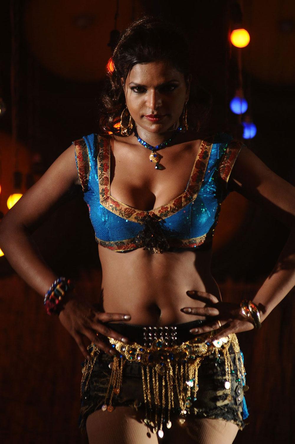 Shalini Naidu Hot Item Song Hot Sexy Cleavage Show Photos -5786