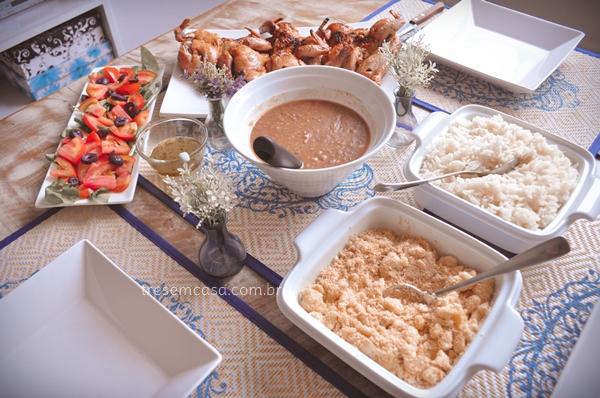 mesa posta almoço de domingo completo