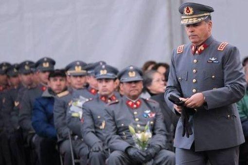 Remueven en Chile a casi la mitad del Alto Mando Militar