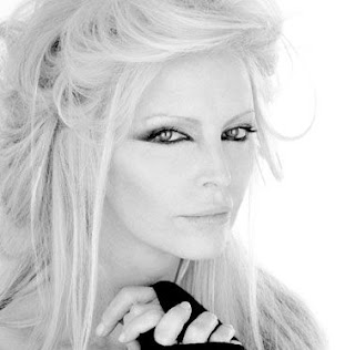 Patty Pravo lyrics