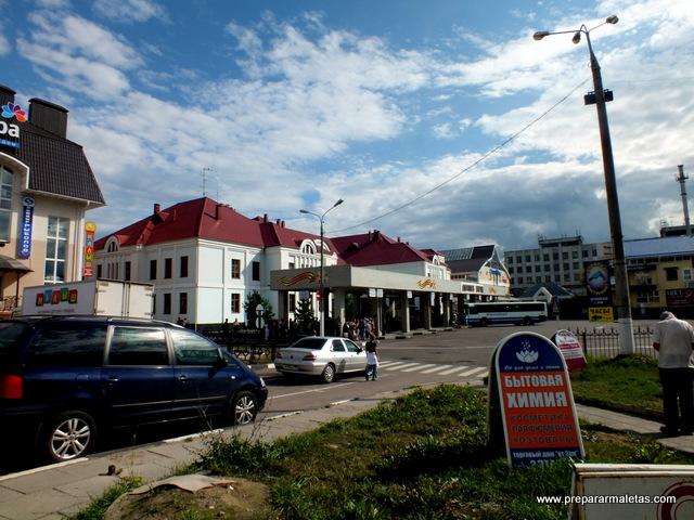 estación de tren y bus sergiev posad rusia