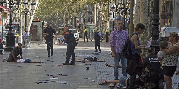 داعش يعلن مسؤوليته عن هجمات برشلونة و هذه تفاصيل الليلة الدامية