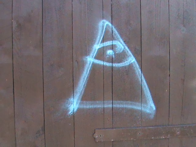 HPANWO TV: Illuminati Graffiti in Oxford
