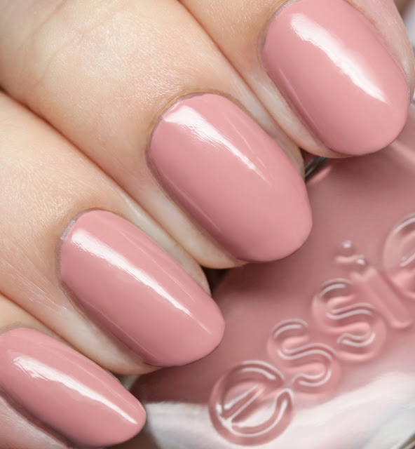 Essie 64 Princess Charming